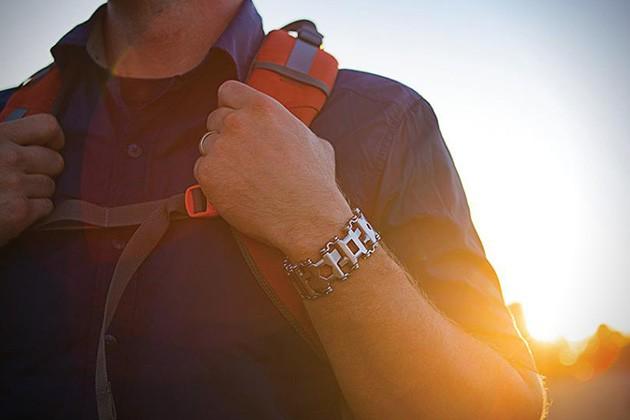 Leatherman-Tread-Wearable-Multi-Tool-3