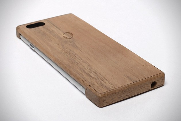 iPhone-6-Wood-Shell-Wireless-Charger-by-Oree-3