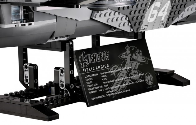 lego_avengers_shield_helicarrier_10