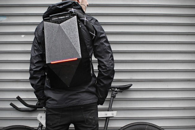Blackpack-Cycling-Backpack-1