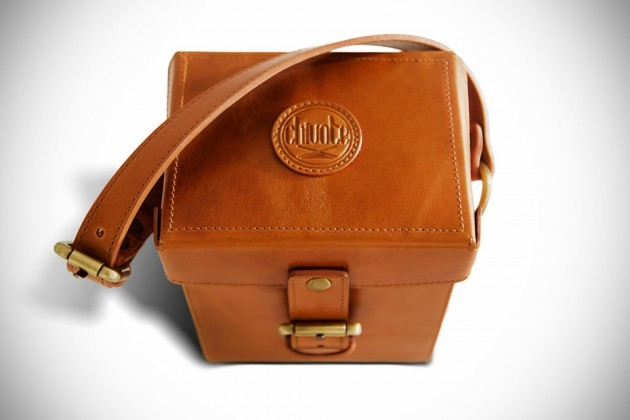 CamCarry-Camera-Bag-by-Chivote-image-2-630x420