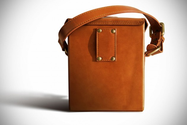 CamCarry-Camera-Bag-by-Chivote-image-4-630x420