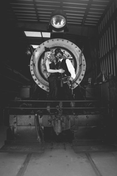 nerdy_wedding_photo_shoots_that_are_actually_kind_of_awesome_640_11