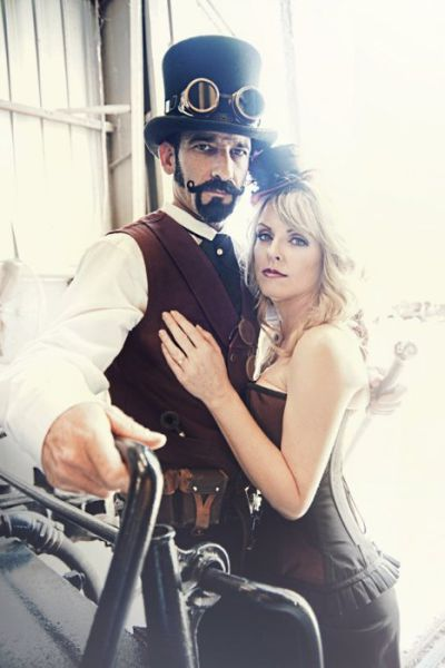 nerdy_wedding_photo_shoots_that_are_actually_kind_of_awesome_640_13