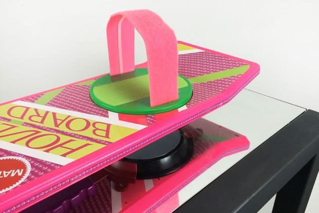 retour-vers-le-futur-vous-pouvez-desormais-vous-acheter-un-veritable-hoverboard-flottant-3