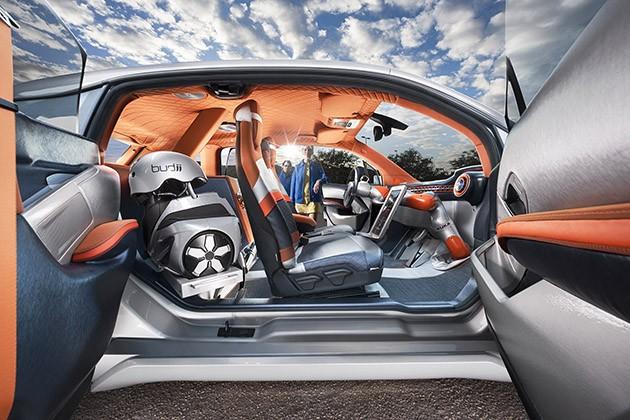 Rinspeed-Budii-Autonomous-Driving-BMW-i3-EV-1