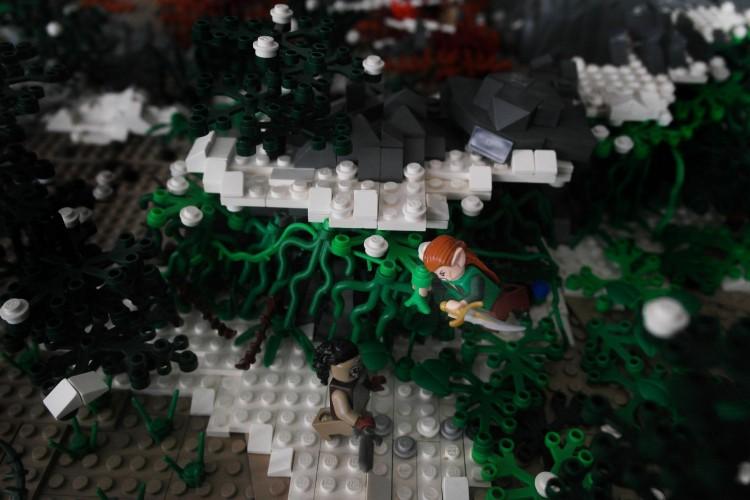 3_1_12_les-portes-erebor-recreees-lego_xl