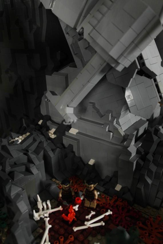 3_1_14_les-portes-erebor-recreees-lego