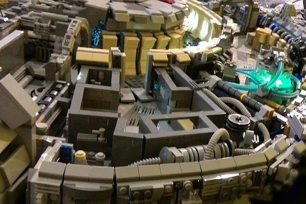 10000-Piece-LEGO-Millennium-Falcon-5
