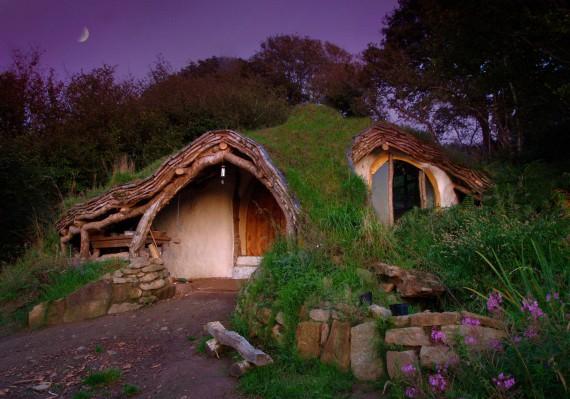 3_1_11_maison-hobbit-simon-dale-image