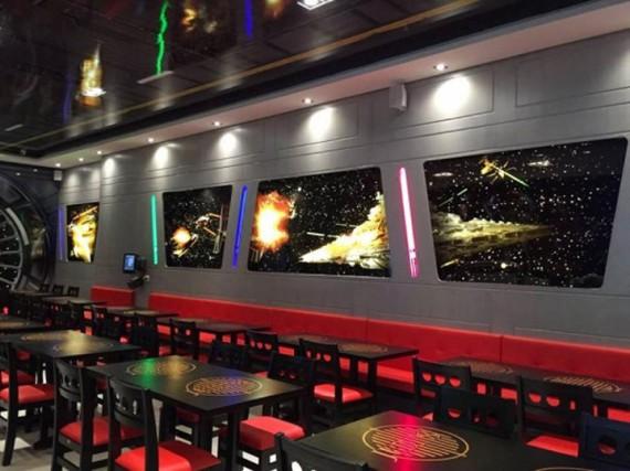 3_1_2_restaurant-star-wars-image