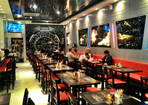 3_1_7_restaurant-star-wars-image