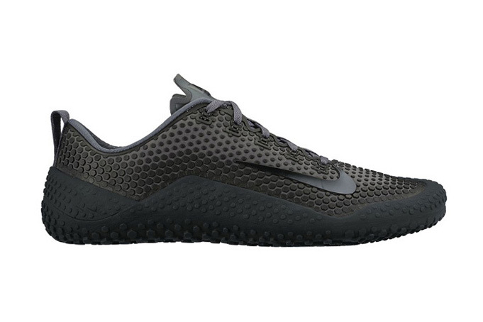 a-first-look-at-the-nike-free-1-0-01