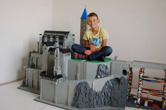 3_1_11_citadelle-minas-tirith-lego