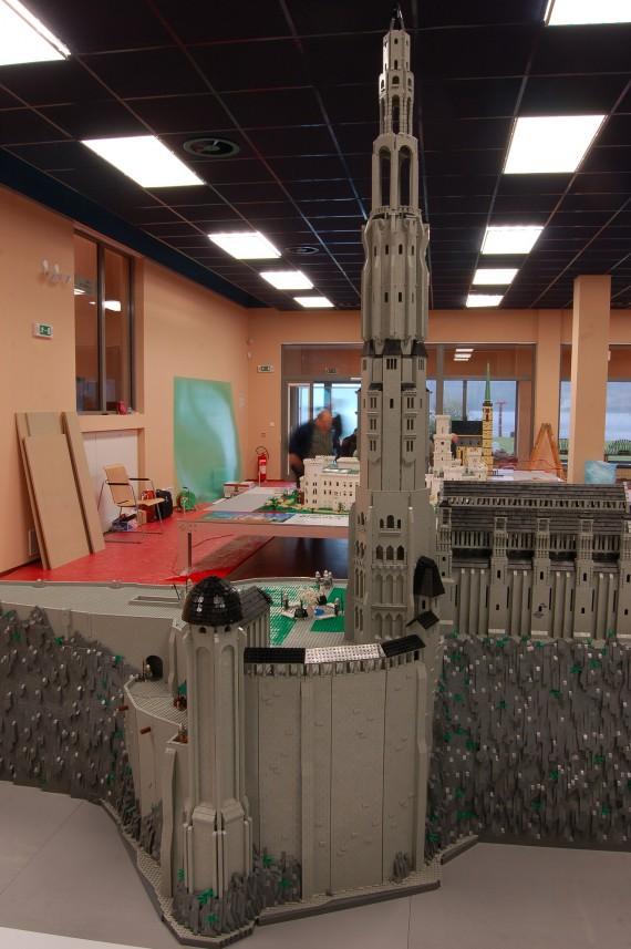 3_1_4_citadelle-minas-tirith-lego