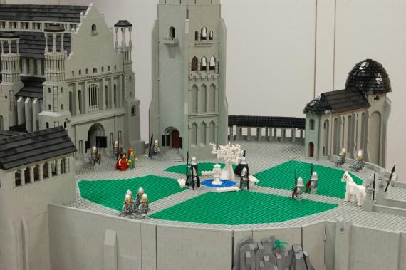 3_1_7_citadelle-minas-tirith-lego