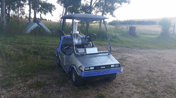 4_1_3_voiture-golf-delorean