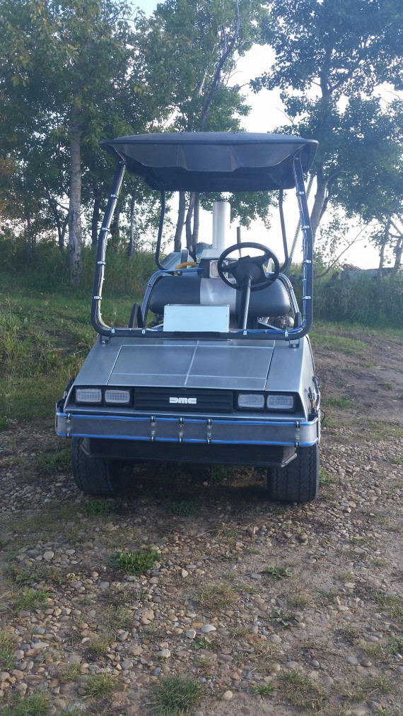 4_1_4_voiture-golf-delorean