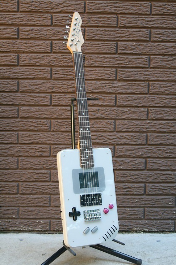 6_1_3_guitare-electrique-game-boy