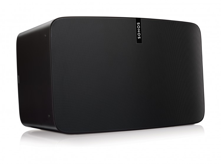 Sonos_Photo_TableProducts_PLAY5_01