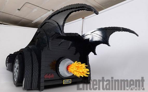 2_1_6_batmobile-lego