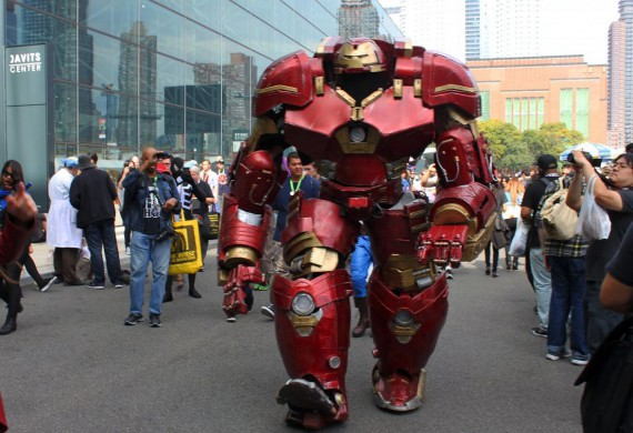 3_1_4_cosplay-hulkbuster-new-york-comic-con-2015